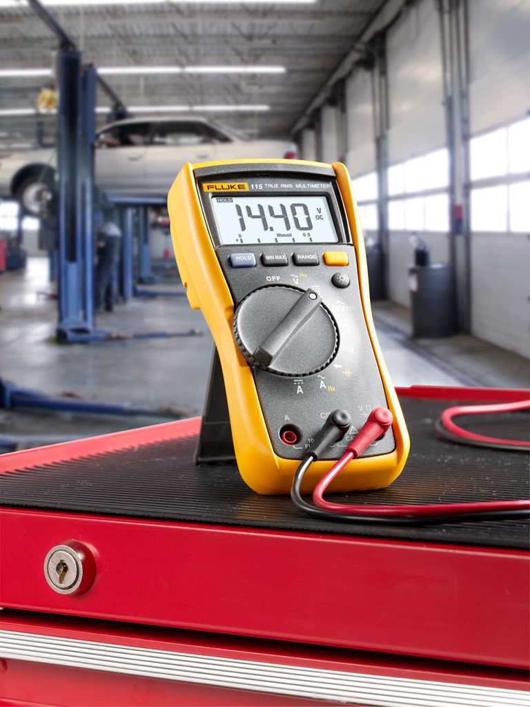 Multimetre Digitale Fluke 115 AC Multimetru compact TRMS