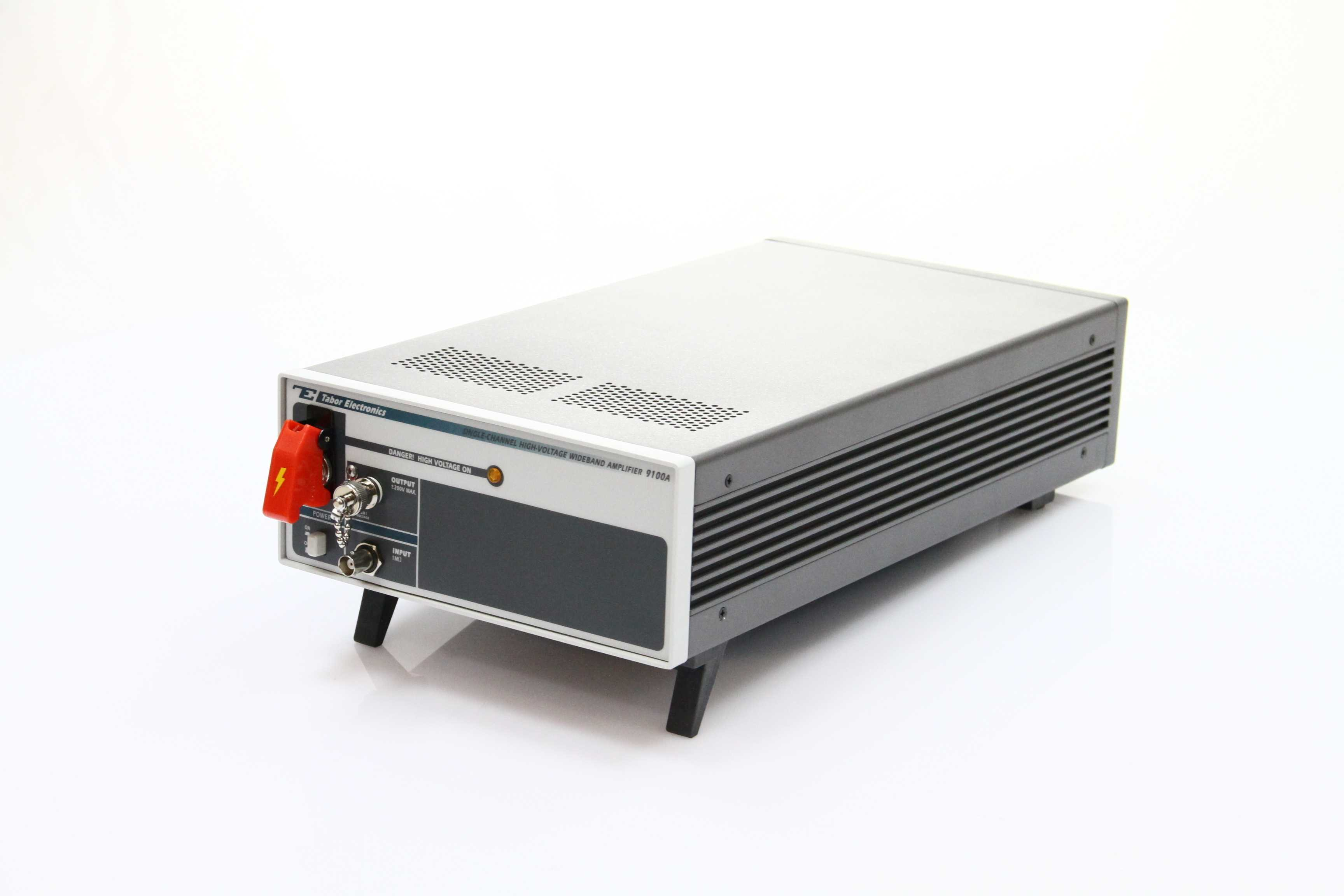 Amplificatoare de semnal Tabor 9100A  High Voltage Amplifiers